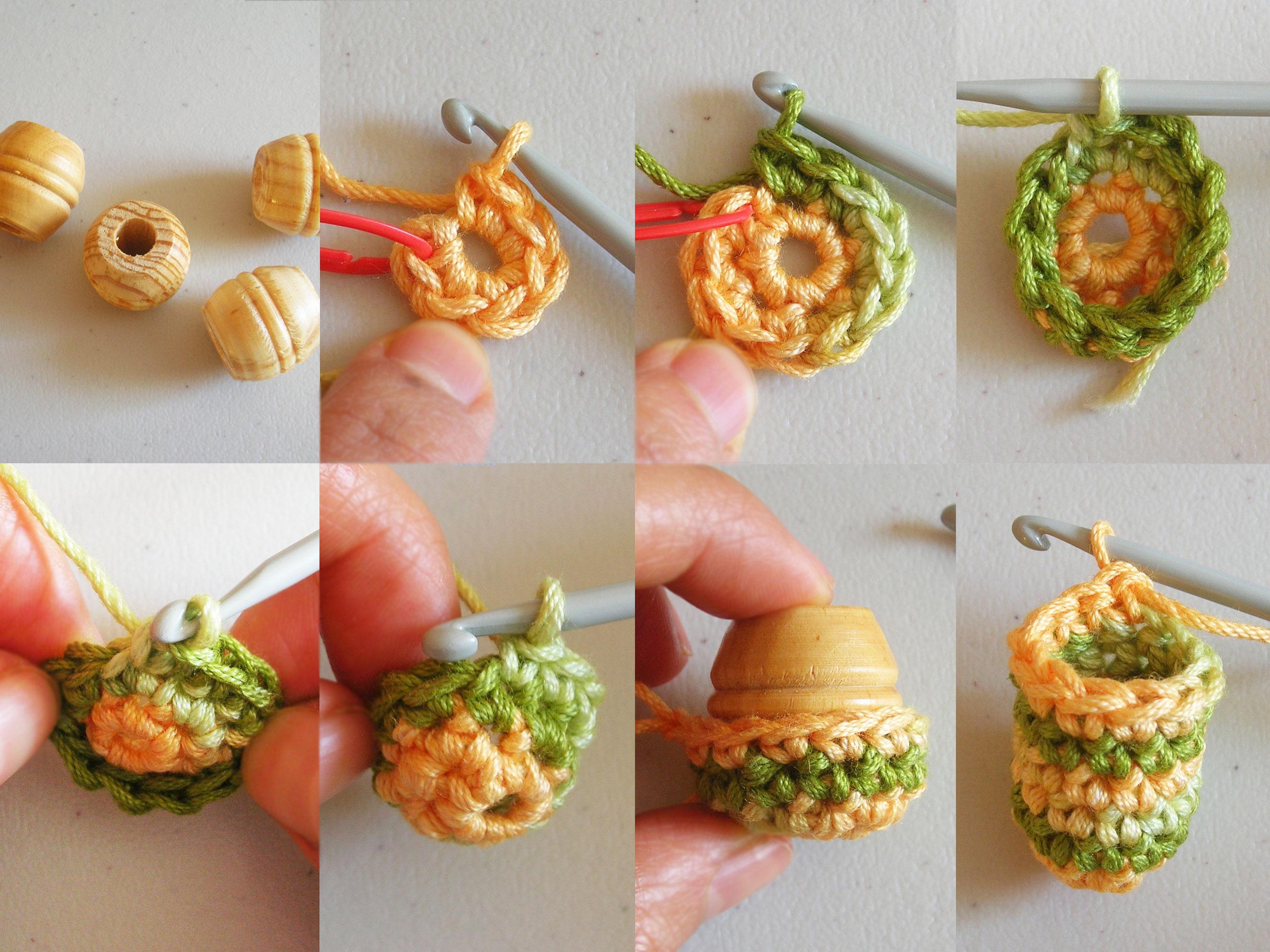 Crochet beads\' necklace/ Collar de cuentas tejidas