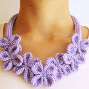 Flower necklace #3/ Collar de flores #3