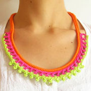 Neon necklace/ Collar neón