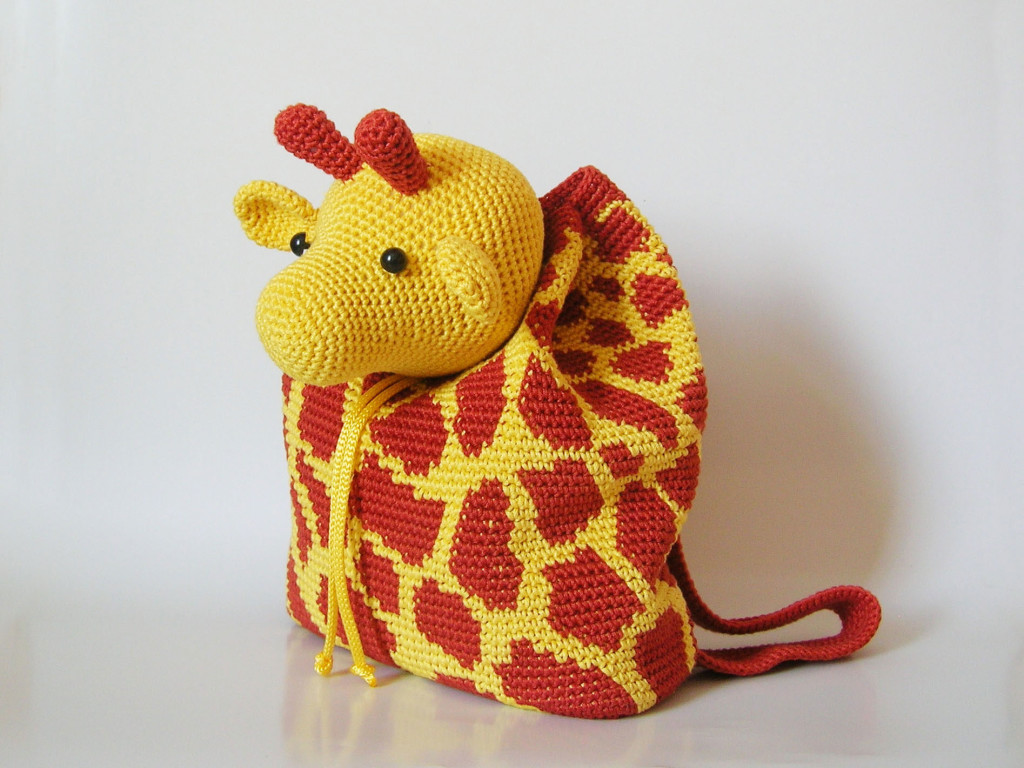 Crochet Patterns For Kids Bags : Giraffe backpack/ Mochila de jirafa Chabepatterns