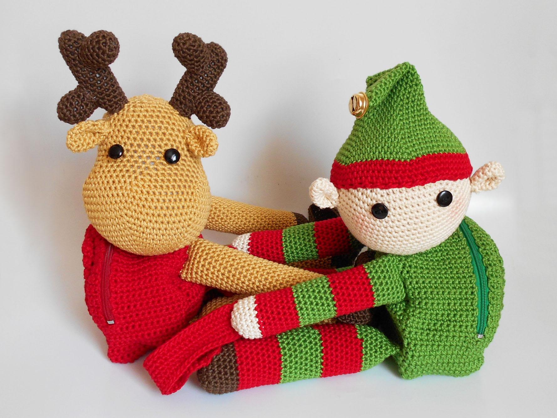Santa\'s helpers backpacks/ Mochilas de reno y duende