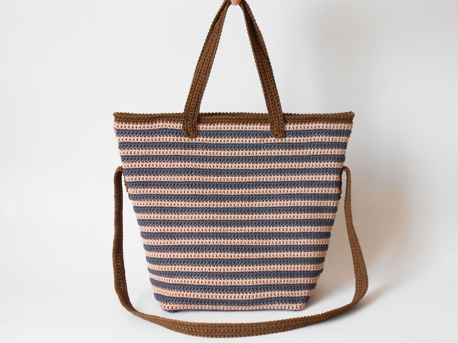 Striped bag with two handles, redesign/ Rediseño del bolso rayado ...